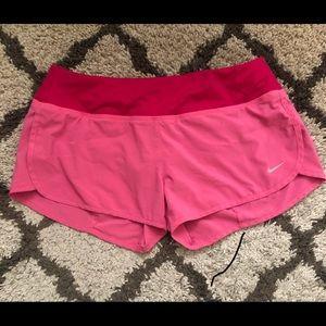 Shorts Nike small
